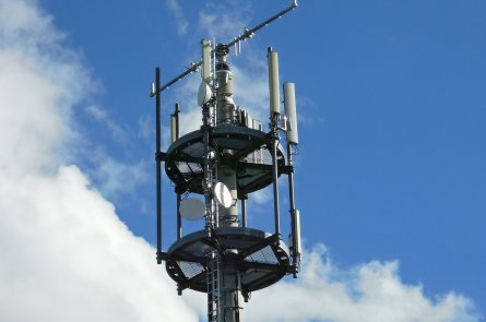 VNAs for Land Mobile Radio